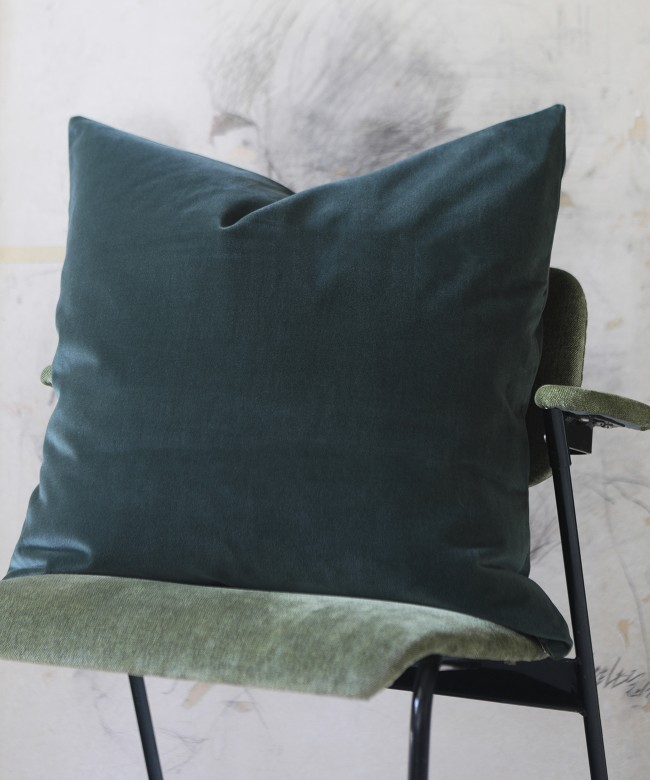 kaki velvet cushion
