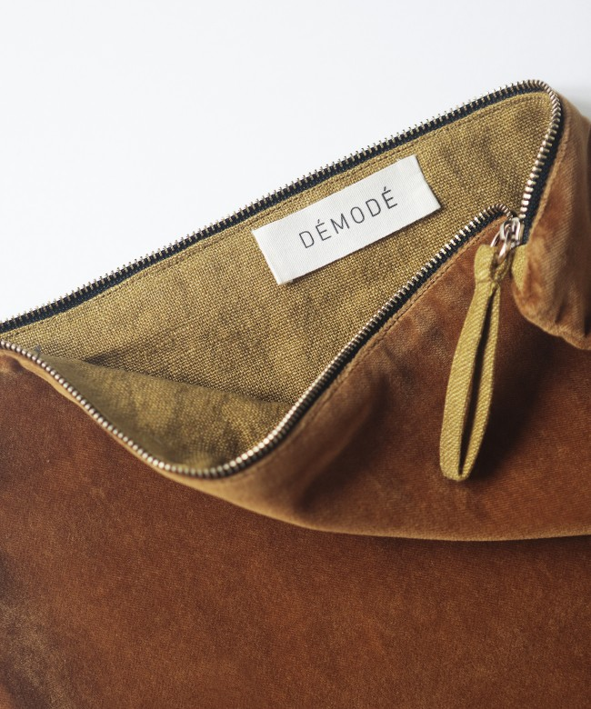 pochette velours caramel