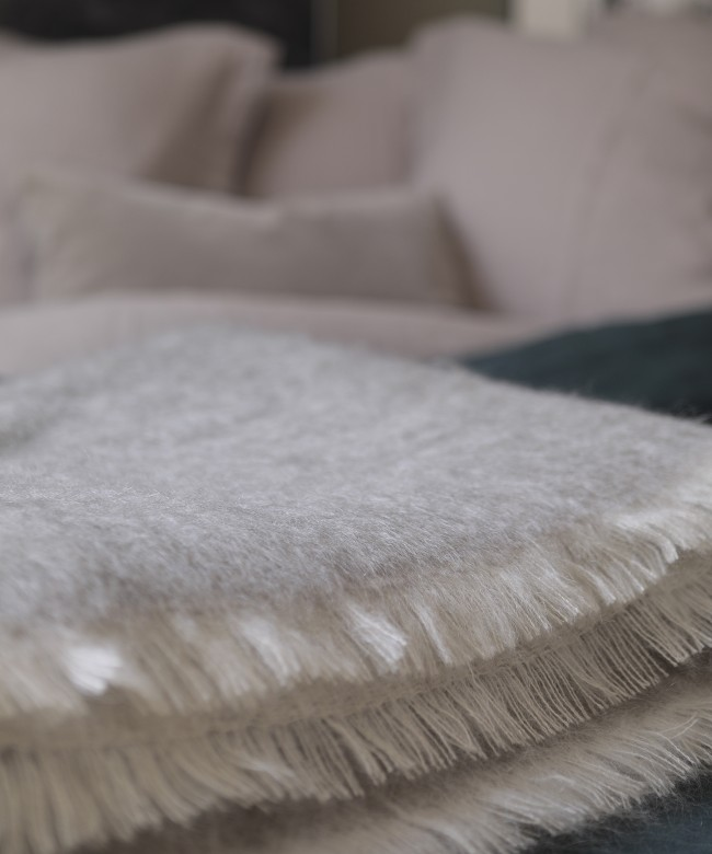 Couverture mohair taupe