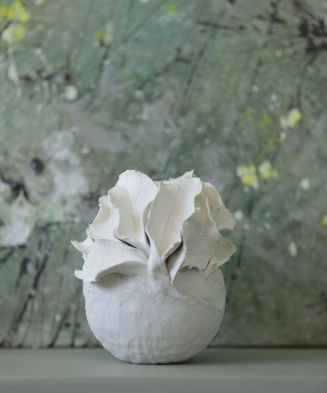 white porcelain leaves candlestick