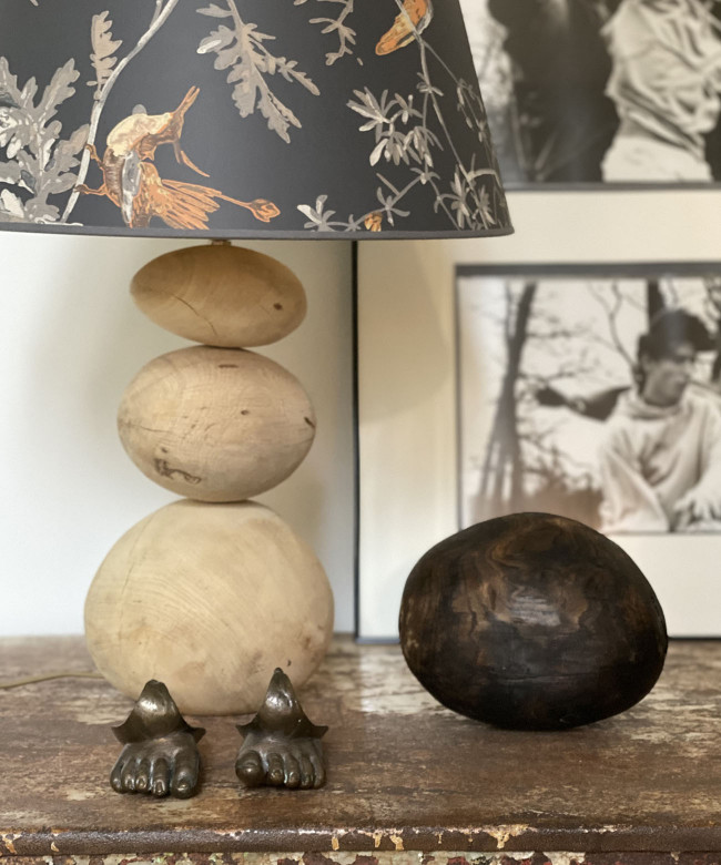 natural wood pebbles lamp with birds
