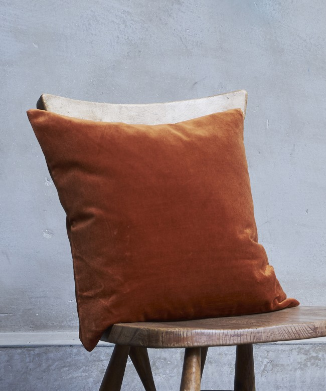 coussin velours rouille