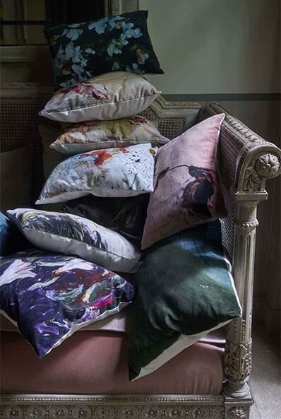CUSHIONS PAINTINGS
